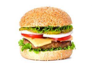 6. Redu aportul de alimente dulci, grase și sărate